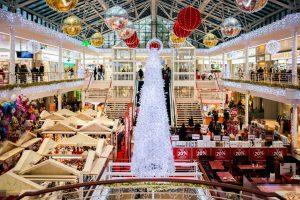 Faire les dernières courses de Noël